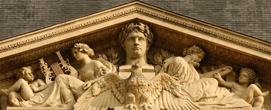 Napoléon 1er dominant l'Histoire et les Arts. Antoine Barye et Pierre Simart