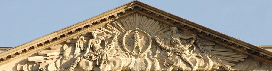 Coq entouré d'un serpent qui se mort la queue. Guillaume II Coustou.
