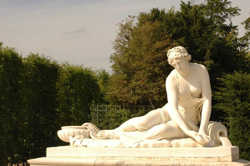 La Nymphe à la coquille. Antoine Coysevox
