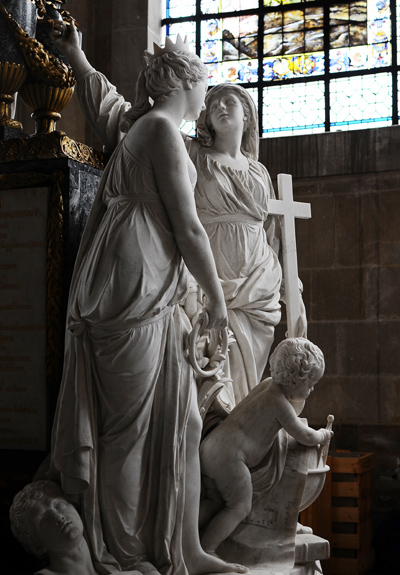 Tombeau du Dauphin. Guillaume II Coustou