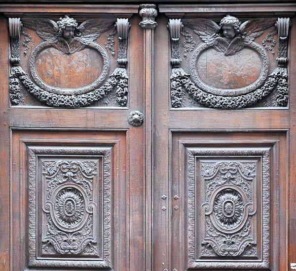 Porte. NIcolas Legendre