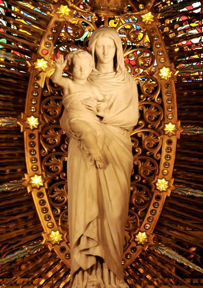La Vierge et l'Enfant. Paul Emile Millefaut.