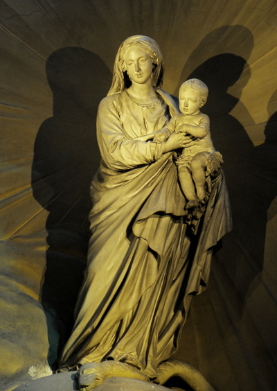 Vierge et l'Enfant. Jean Baptiste Pigalle.
