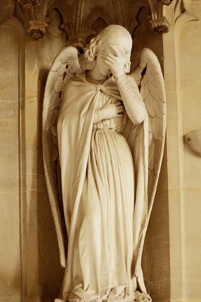 Ange pleurant.Jean Marie Bonnassieux