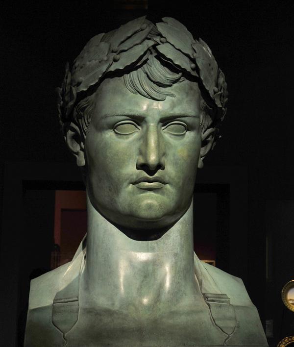 Buste colossal de Napoléon 1er. Lorenzo Bartolini.