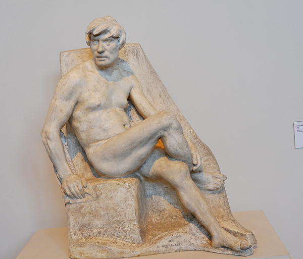 Homme nu assis. Antoine Bourdelle.
