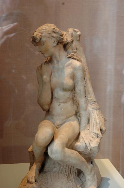 Jeune fille à la gerbe. Auguste Rodin.
