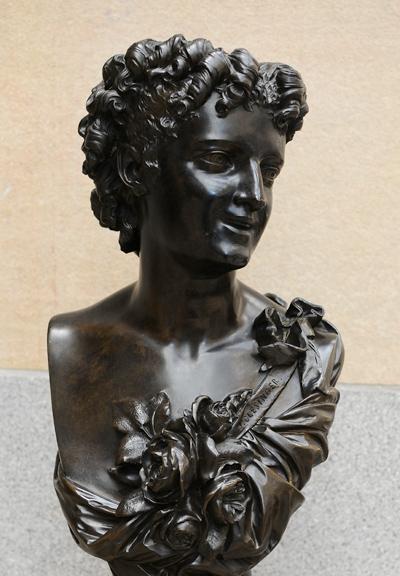La Dame aux roses. Auguste Clésinger.