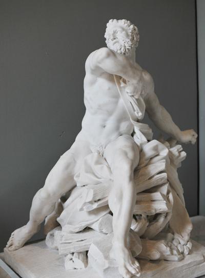 Hercule sur le bucher. Guillaume 1er Coustou.