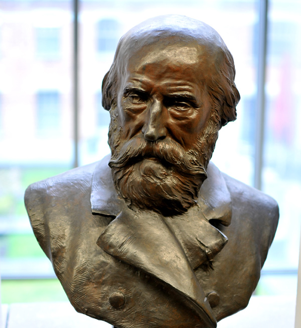 Constantin Mils. Gustave Crauk.