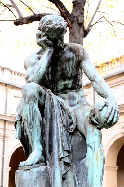 Démocrite méditant sur l'âme. Louis Alexande Delhomme.