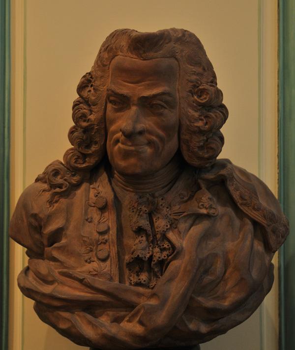 Voltaire. Ecole française du XVIIIe