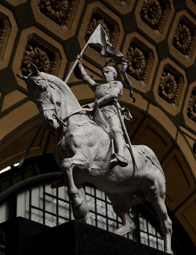 Jeanne d'Arc. Emmanuel Frémiet.