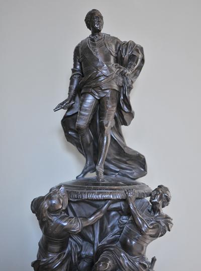 Monument à Louis XV. Jean Baptiste Lemoyne.