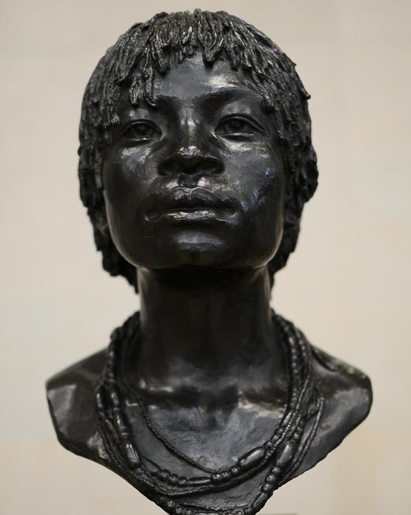 Jeune fille du Ba Kongo. Herbert Ward.