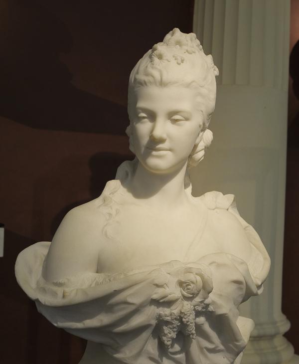 Sophie Arnoult. Léon Bertaux