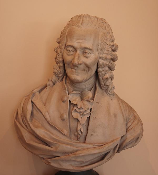 Voltaire. Jean Baptiste Carpeaux