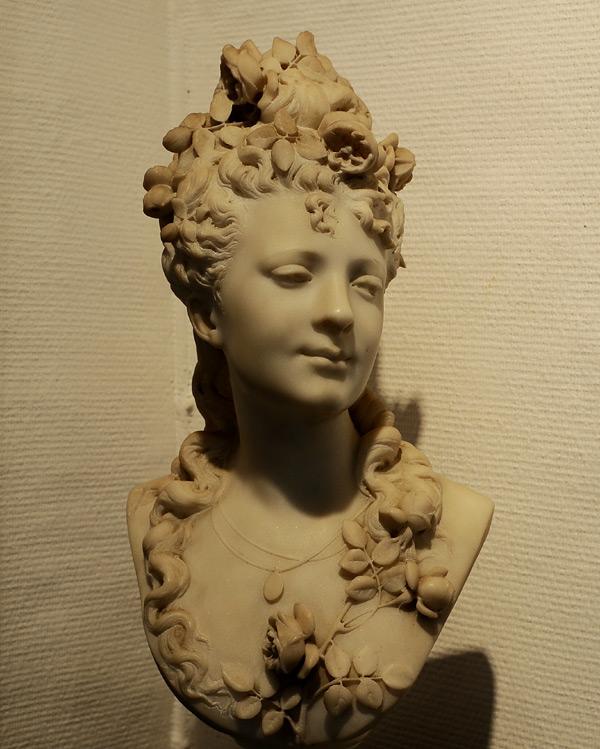 Jeune femme. Albert Ernest Carrier Belleuse