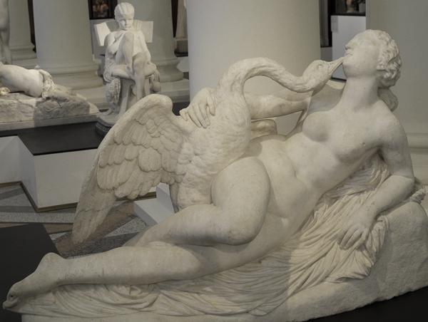 Léda et le cygne. Auguste Clésinger.