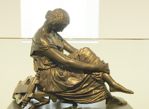 Sapho assise. James Pradier.