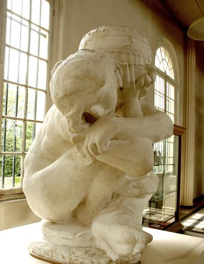 Cariatide urne. Auguste Rodin.
