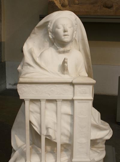 La Communiante. René de Saint Marceau.